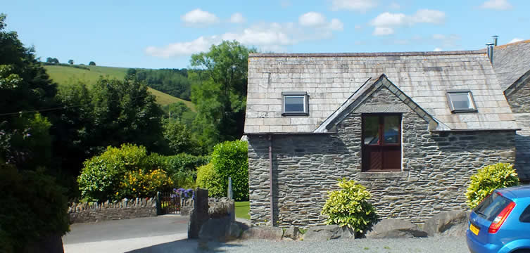 Little Barn self catering holiday cottage sleeps up to 4