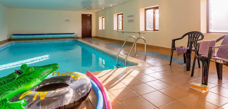 Lower Pencubitt self catering holiday cottages with indoor heated pool and hot tub